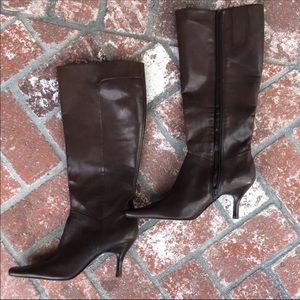 Leather upper brown pointed boots